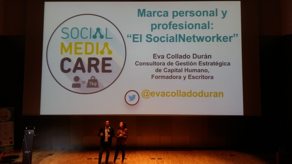 Eva Collado - Social media Care - CinTínez
